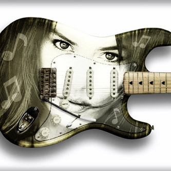 Logo- and Guitar Design for The True Rocker Chick